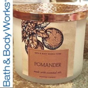 Pomander scented 3 wick candle Bath & Body Works